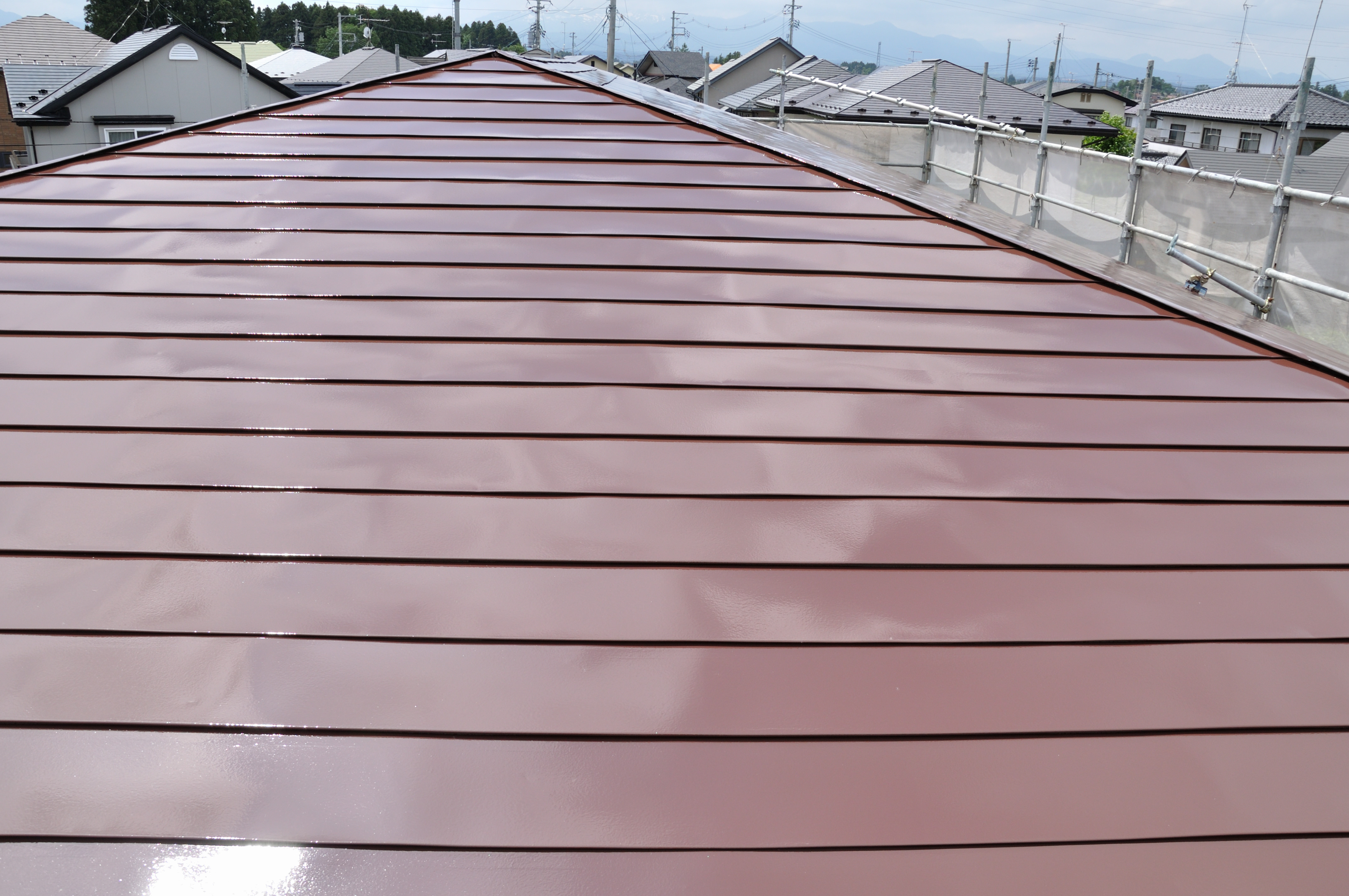 6日目:屋根(ケレン・錆止め・上塗り) 軒天(ケレン・上塗り)